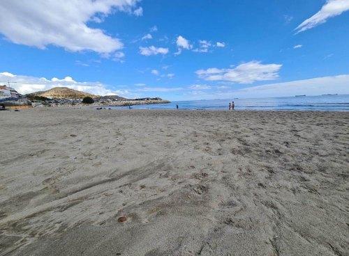 PHOTOrama: Sea and sand