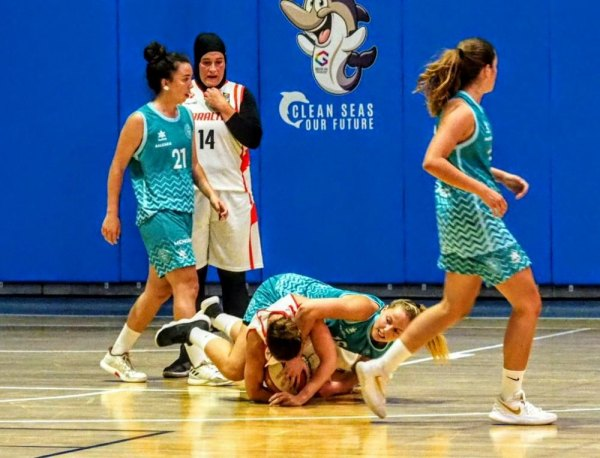 Gibraltar women's basketball lose against Menorca